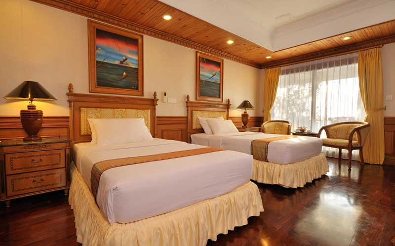 sun-island-resort-spa-hotel-room2